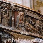 Esculpido en la escalera de caracol interior. Iglesia gotica de