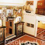 Interior del Museo Nestor con numerosas obras del pintor y artis