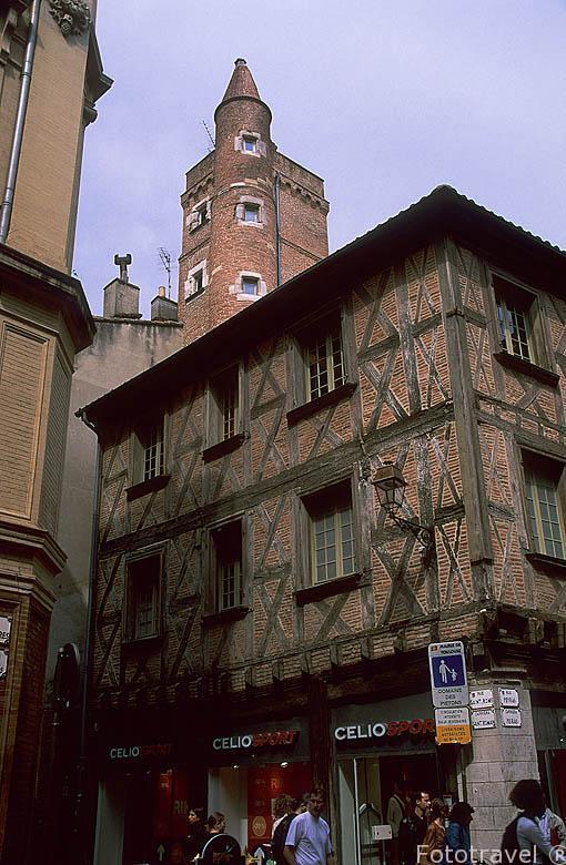 Casa y torre de Pierre Serta (finales del s.XV). Comerciante del