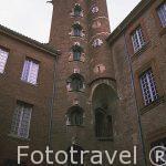 Torre y patio del hotel de Bernuy. La torre era simbolo de rique