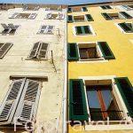 Fachadas de edificos tipicos sin balcones en el casco antiguo de