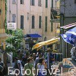 """Calle peatonal con tiendas y restaurantes """"Clemenceau"""". CALVI. A"""