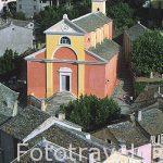 Fachada de la iglesia barroca de NONZA. Zona noroeste del Cap Co
