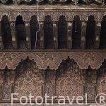 Detalle del artesonado en al fachada de la mezquita Bag Guissa.