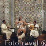 Espectaculo de danza del vientre. Restaurante Palais La Medina.