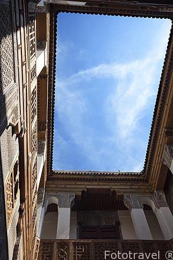Patio interior del riad (alojamiento) Dar Bensouda. Casco histor