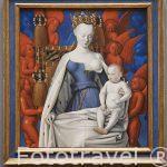 Retrato Madonna omringd door serafijnen en cherubijnen. por Jean Fouquet, s.XV. Museo de Bellas Artes