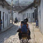 Pueblo de GIRON y calle empedrada. Departamento de Santander. Colombia. Suramerica