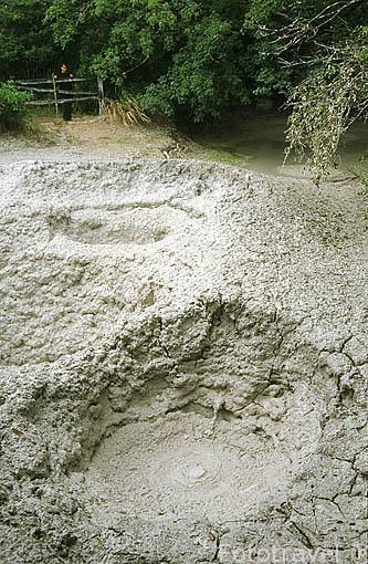 Sector de las Pailas. Barro volcanico. Parque Nacional Rincon de la Vieja. COSTA RICA. Centroamerica