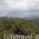Tren turistico traido desde Suiza y vistas sobe el volcan Arenal. Desde el Hotel y restaurante Los Heroes. Nuevo Arenal. Tilaran. Costa Rica