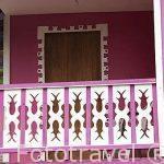 Detalle de la fachada de una casa cerca de Puerto Viejo. Costa Caribe. Costa Rica