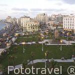 Plaza Midan Saad Zaghloul y la calle del 26 de Julio junto a la bahia del puerto Este. Ciudad de ALEJANDRIA. Egipto