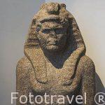 """Busto de Caracalla portando un gorro faraonico con una serpiente cobra conocido como """"Nemes"""". Museo Nacional de Alejandria. Ciudad de ALEJANDRIA. Egipto"""