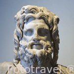 Estatua de marmol del dios Serapis. Museo Nacional de Alejandria. Ciudad de ALEJANDRIA. Egipto