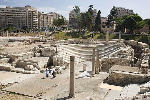 """Pequeño Odeum romano de Kom al-Dikka, llamado también el """"Teatro Romano"""". Ciudad de ALEJANDRIA. Egipto"""