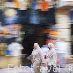Numerosos comercios en la calle Nabi Daniel. Ciudad de ALEJANDRIA. Egipto