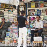 Puestos de venta de libros en la calle Nabi Daniel. Ciudad de ALEJANDRIA. Egipto