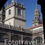 Vista de la torre de la catedral desde el patio del colegio Fonseca. Santiago de Compostela. Ciudad Patrimonio de UNESCO. A Coruña. España
