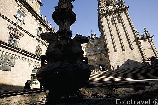 Fuente de los Caballos en la plaza de Platerias. Santiago de Compostela. Ciudad Patrimonio de UNESCO. A Coruña. España