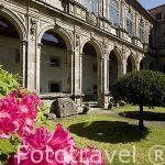 Patio interior del edificio Museo do Pobo Galego, s.XVII-XVIII. Santiago de Compostela. Ciudad Patrimonio de UNESCO. A Coruña. España
