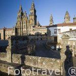 La Plaza del Obradoiro y la catedral. Santiago de Compostela. Ciudad Patrimonio de UNESCO. A Coruña. España
