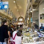 El Mercado en la calle Virxe da Cerca. Santiago de Compostela. Ciudad Patrimonio de UNESCO. A Coruña. España