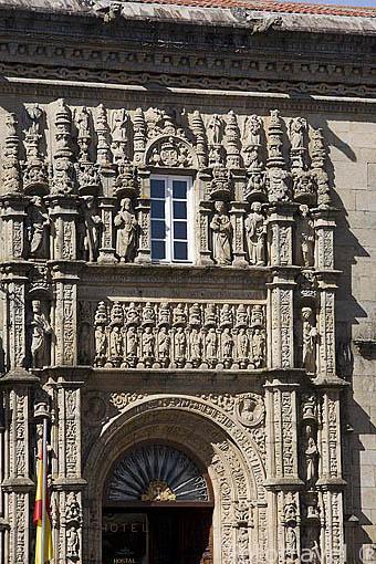 Habitación Suite. Hostal Parador de los Reyes Catolicos. Santiago de Compostela. Ciudad Patrimonio de UNESCO. A Coruña. España
