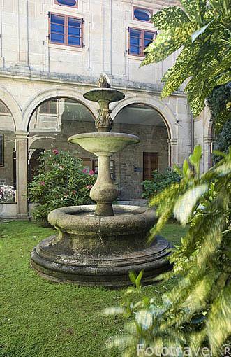 Patio interior del Rectorado de San Xerome., s.XVII. Santiago de Compostela. Ciudad Patrimonio de UNESCO. A Coruña. España