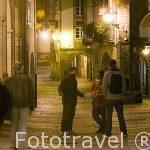 Soportales en la calle Rua do Vilar.Santiago de Compostela. Ciudad Patrimonio de UNESCO. A Coruña. España