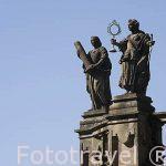 Detalle en lo alto de la iglesia de San Fructuoso. Santiago de Compostela. Ciudad Patrimonio de UNESCO. A Coruña. España