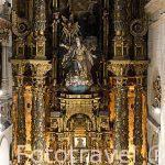 Retablo barroco de la iglesia de la Universidad, s.XVIII. Santiago de Compostela. Ciudad Patrimonio de UNESCO. A Coruña. España