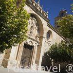 Fachada de la iglesia de San Miguel. Estilo barroco. S.XVII. Población de FUENTELCESPED. Burgos. Castilla y Leon. España