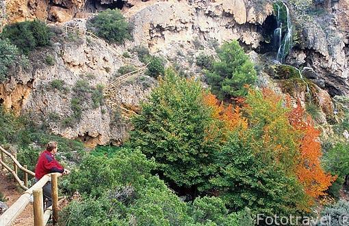 Paisaje en la ruta de las Cuevas de La Garita. Cerca de CHERA. Valencia. Comunidad Valenciana. España