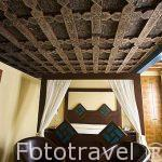 Habitación con artesonado original. Hotel La Casa Mudejar***. SEGOVIA. Ciudad Patrimonio de la UNESCO. Castilla y Leon. España