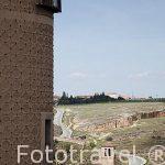 La iglesia de la Vera Cruz desde el Alcazar. Ciudad de Segovia.