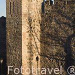 Restos de murallas defensivas junto a la Puerta Nueva de Bisagra. Ciudad de TOLEDO. Patrimonio de la Humanidad, UNESCO. Castilla La Mancha. España