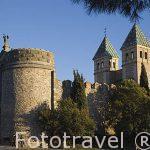 Puerta Nueva de Bisagra. Ciudad de TOLEDO. Patrimonio de la Humanidad, UNESCO. Castilla La Mancha. España