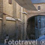 Calle junto a la catedral. Toledo. Ciudad Patrimonio de la Humanidad, UNESCO. Castilla La Mancha. España