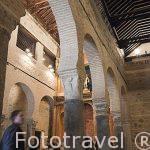 Nave de la Epistola con arcos de herradura. Interior de la iglesia de San Sebastian. Toledo. Ciudad Patrimonio de la Humanidad, UNESCO. Castilla La Mancha. España