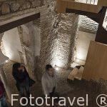 Sotanos islamicos de una casa califal con arcos de herradura. En Cardenal Cisneros 12. Ciudad de Toledo. Ciudad Patrimonio de la Humanidad, UNESCO. Castilla La Mancha. España
