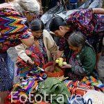 Mercado de la población de CHICHICASTENANGO. Guatemala. Centroamerica