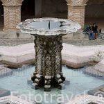 Fuente y deposito de agua del patio interior. Iglesia de la Nuestra Señora de la Merced. s.XVI-XVIII. ANTIGUA. Departamento de Sacatepequez. Guatemala. Centroamerica