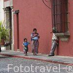 Calle del Arco. Ciudad de ANTIGUA. Departamento de Sacatepequez. Guatemala. Centroamerica