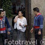 Botones junto al hotel Posada de Don Rodrigo. Ciudad de ANTIGUA. Departamento de Sacatepequez. Guatemala. Centroamerica