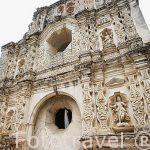 Fachada original (interior) del convento de Santa Clara. Ciudad de ANTIGUA. Departamento de Sacatepequez. Guatemala. Centroamerica
