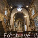 Interior de la iglesia barroca de Sao Gonzalo. En Angra do Heroismo. Isla de TERCEIRA. Azores. Portugal