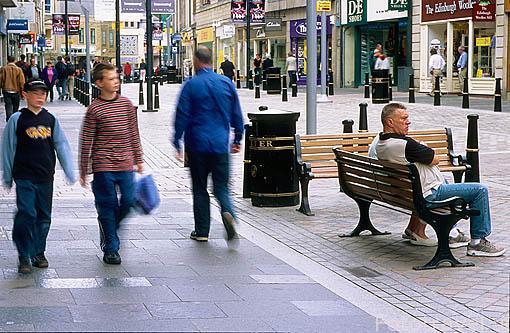 Calle peatonal de High Street. Ciudad de INVERNESS. Norte de Escocia