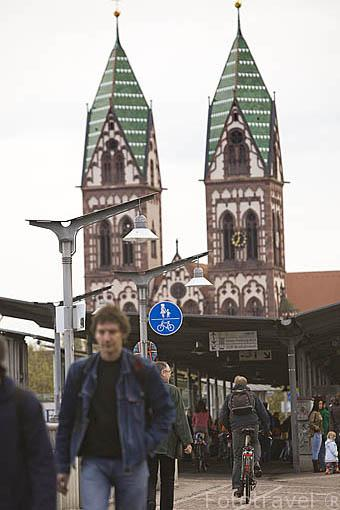 Calle Bertoldstrasse. Ciudad patrimonio de la UNESCO de FREIBURG. Zona sur de la Selva Negra. Alemania - Germany