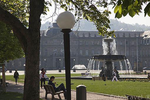 Parque de Schloss. Ciudad de STUTTGART. Zona de la Selva Negra. Alemania - Germany