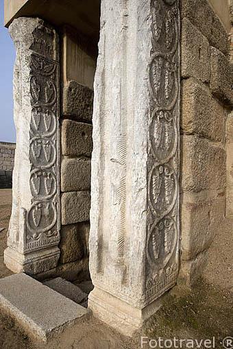 Antigua torre que constaba de 3 plantas y en su base se encontraba un aljibe. Interior de la alcazaba arabe. MERIDA. Ciudad Patrimonio de la Unesco. Badajoz. Extremadura. España